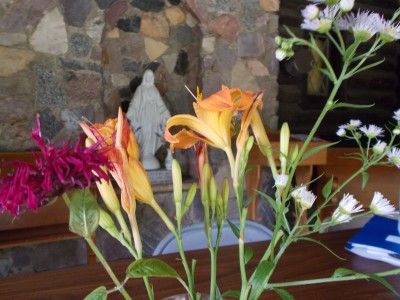 A material bouquet, at a spiritual place (Durward's Glen Retreat Center)