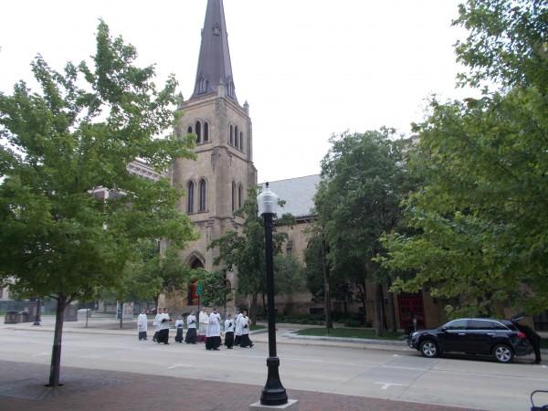 aDSCN4191_edited Eucharist processes by Grace Episcopal